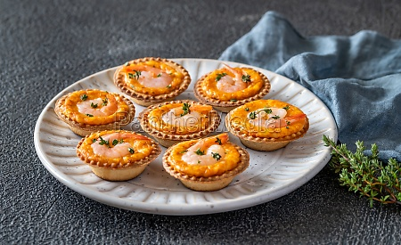 shrimp tartlets with cheese