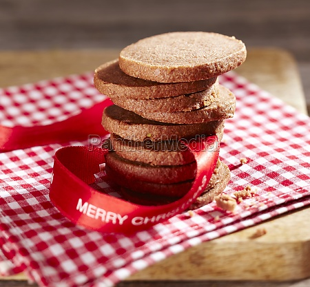 a stack of gingerbread biscuits with