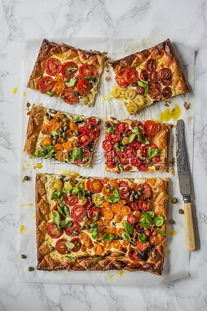 puff pastry tomato tart with creme
