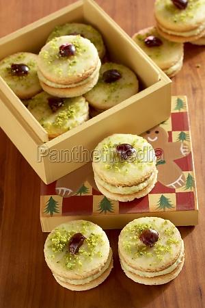 mozart turrets shortbread cookies with pistachio