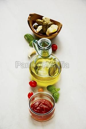 italian cooking ingredients tomato sauce
