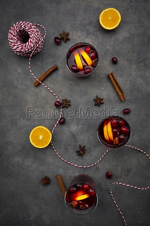 mulled wine with cranberries cinnamon orange