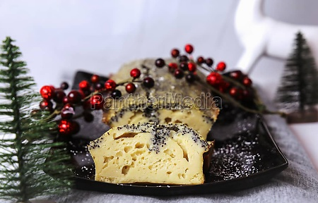 quark and poppy seed cake for
