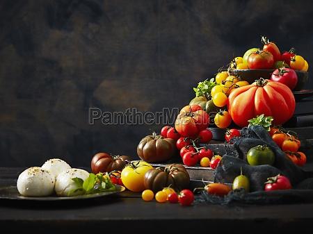 arrangement of tomatoes and mozzarella