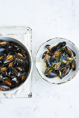 moules in white wine