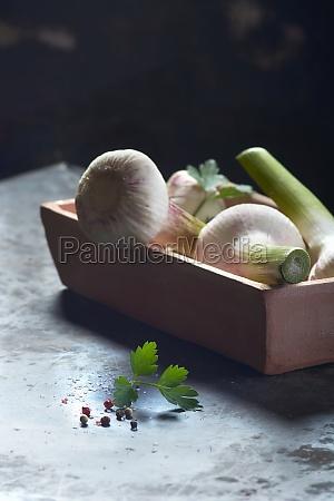 fresh garlic in a bowl with