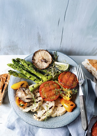 grilled vegetables with mushrooms and herbs