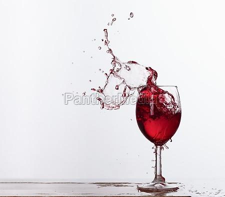 red wine splashes