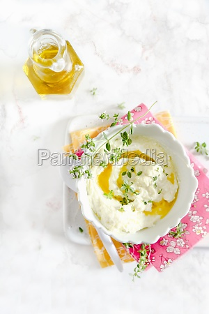 feta cheese with olive oil and