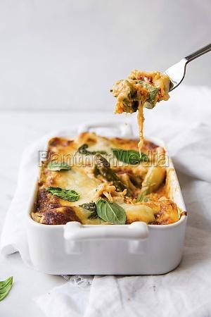 asparagus lasagne with basil