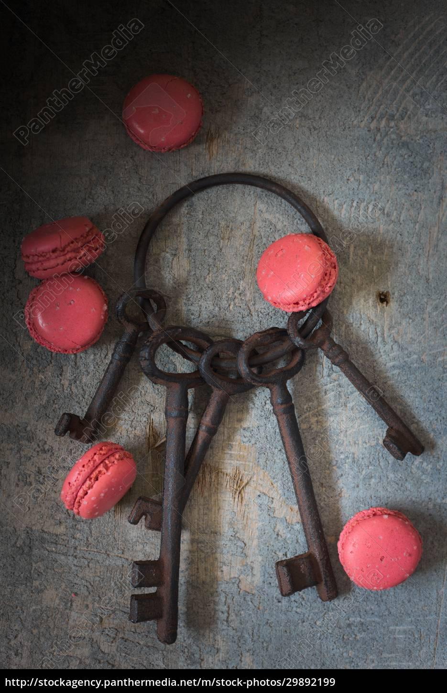 still, life, with, a, rusty, keychain - 29892199