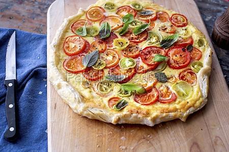 tomato tart with basil