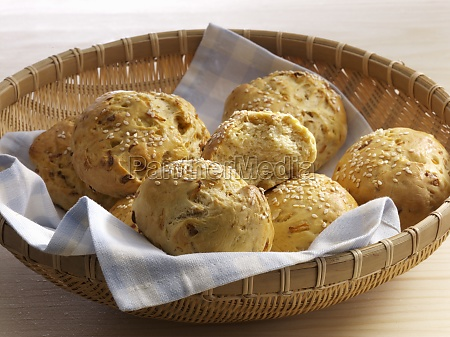 onion buns in a basket