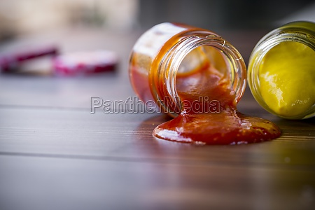 dropped jars with sauce