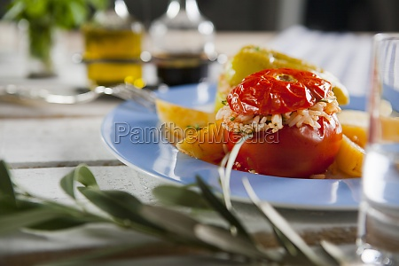 jemista stuffed peppers and tomatoes