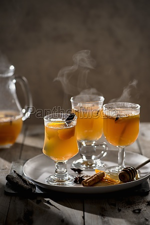 hot mulled apple juice with spices