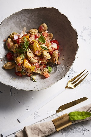 weat rusk salad with fresh tomato