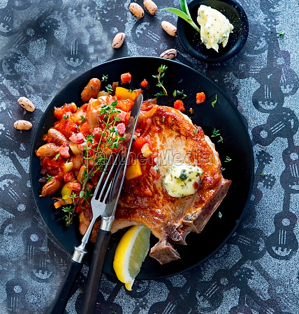 pork chops with beans and tomatoes