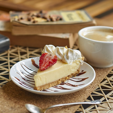 cheesecake with strawberry and cream