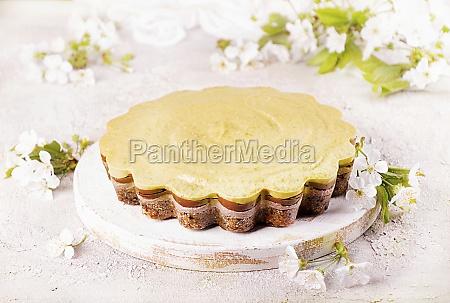 vegan raw no bake cake with