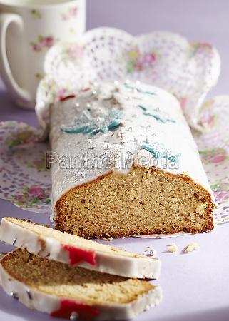honey cake with fondant stars for