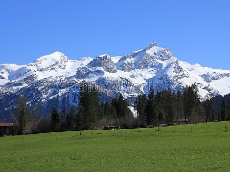 mountains sanetschhore mittaghore and schluchhore seen