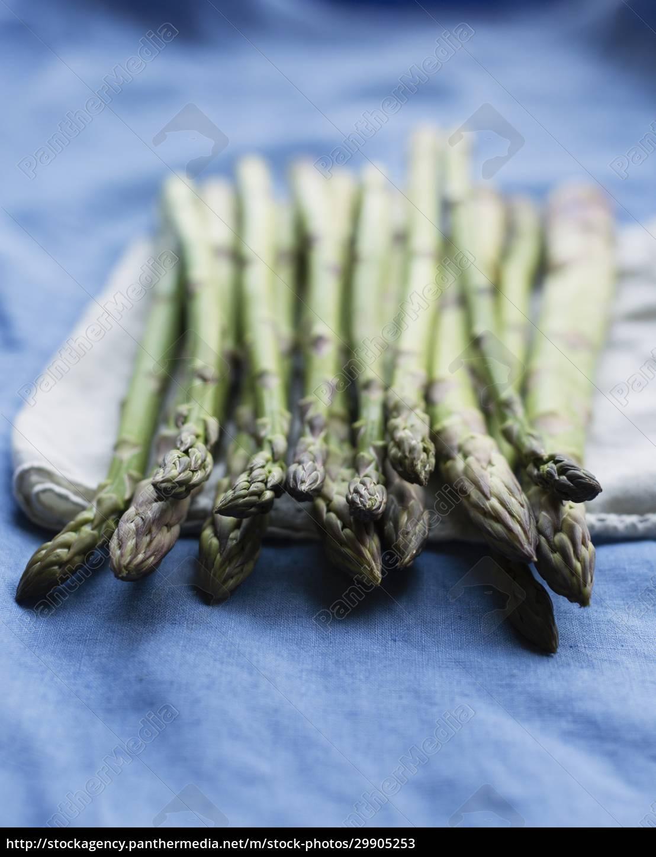 still, life, of, fresh, raw, asparagus - 29905253