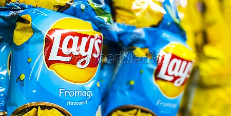 packets of lays potato chips in