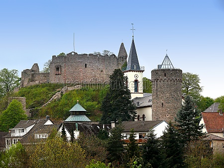 castle ruin in the odenwald district