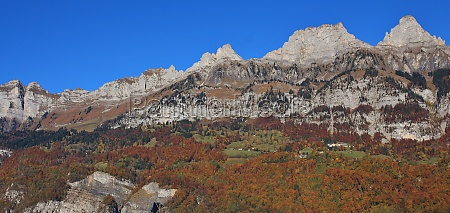walenstadt dorf and mountains of the