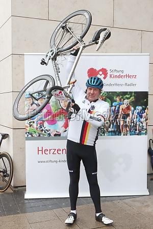 uwe rohde press start kinderherz bike