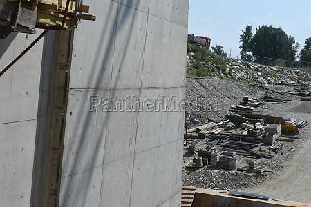exposed concrete or fair faced concrete