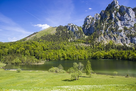 view on lake laudachsee and mountain