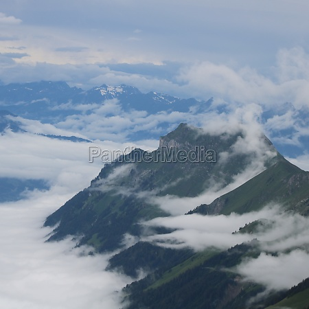 augstmatthorn seen from brienzer rothorn mountain