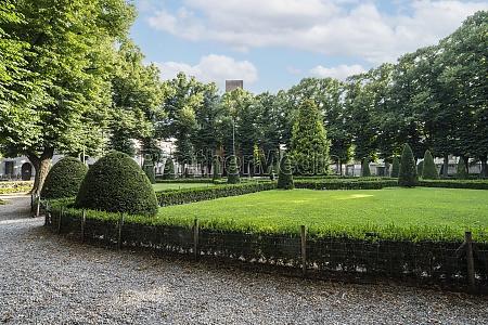 gardens of piazza lega lombarda in