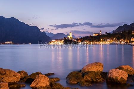 evening scene at lago di garda