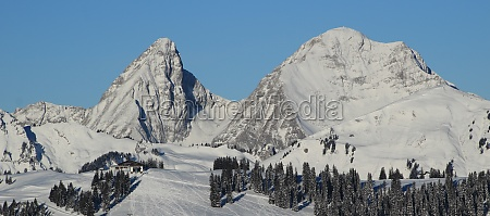 rochers des rayes and rellerli in