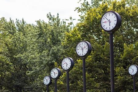 classic black white analog clocks with