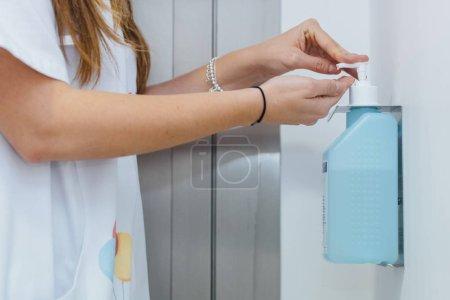 white horizontal equipment female liquid unrecognizable
