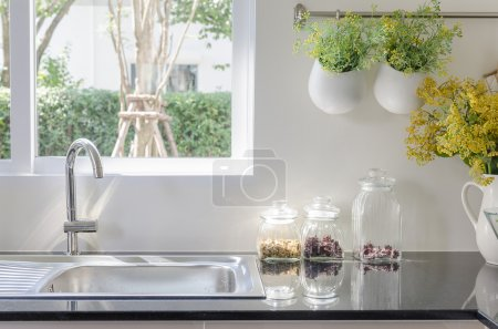 table, white, set, glass, counter, empty - B80064122