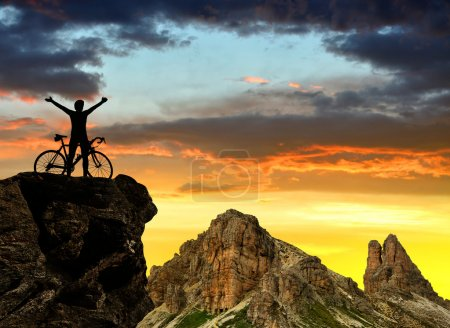 sport, sky, beautiful, travel, summer, people - B66193351